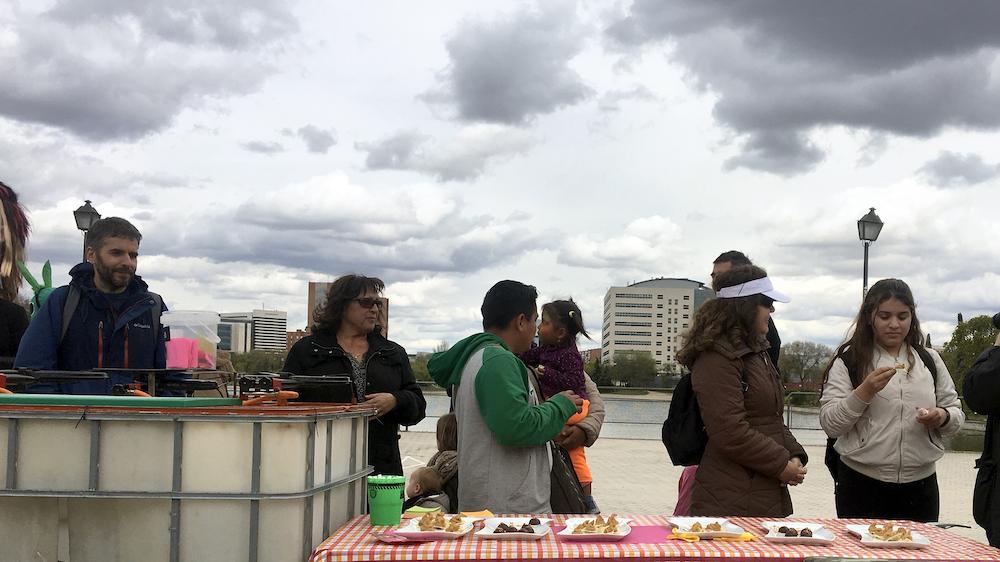 02-Tapas-Atipicas-Fiestas-Raras-GuerrillaFSS