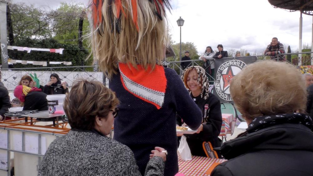 10-Tapas-Atipicas-Fiestas-Raras-GuerrillaFSS