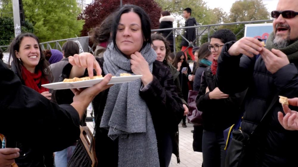 20-Tapas-Atipicas-Fiestas-Raras-GuerrillaFSS