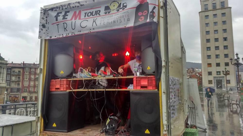 16-Fem Tour Truck 2016-GuerrillaFSS